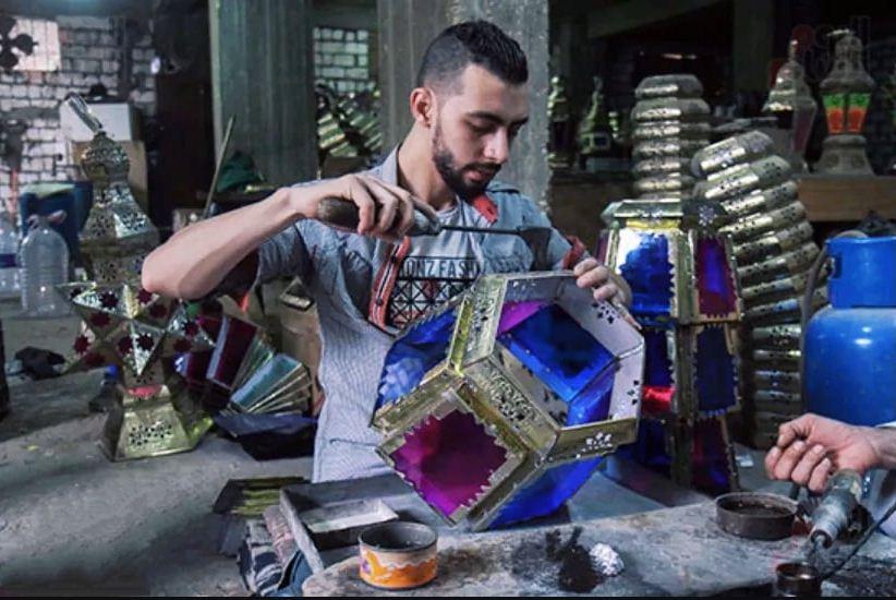 فنون صناعة فوانيس رمضان